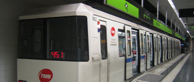 Train type 500 of Barcelona's metro at Trinitat Nova station