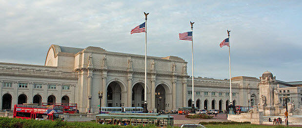 Union Station, the headquarters of Amtrak, viewed from Columbus Circle, Washington, D.C.