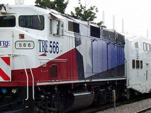 Trinity Railway Express train at Dallas Union Station by Adam E. Moreira via Wikimedia Commons