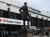 Euston Station, London by Richard Rogerson via Wikimedia Commons