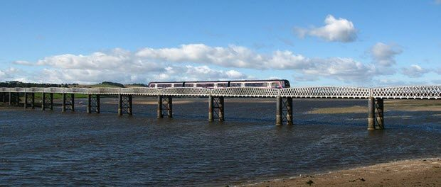 This viaduct carries the Perth to Aberdeen railway line across the South Esk River at Montrose, Angus. First ScotRail's 170454 is crossing with a train from Edinburgh to Aberdeen by Geof Sheppard from Wikimedia Commons